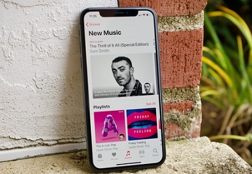 listen to apple music offline