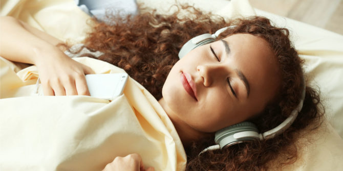 listen to audiobooks before bed