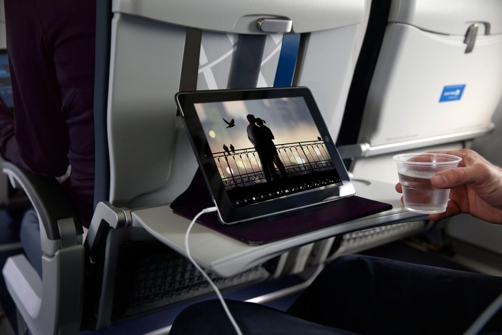 Best Way to Watch iTunes Rentals on a Flight Without WiFi